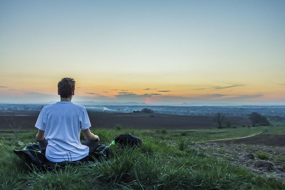 7 modos de reducir el estrés meditando